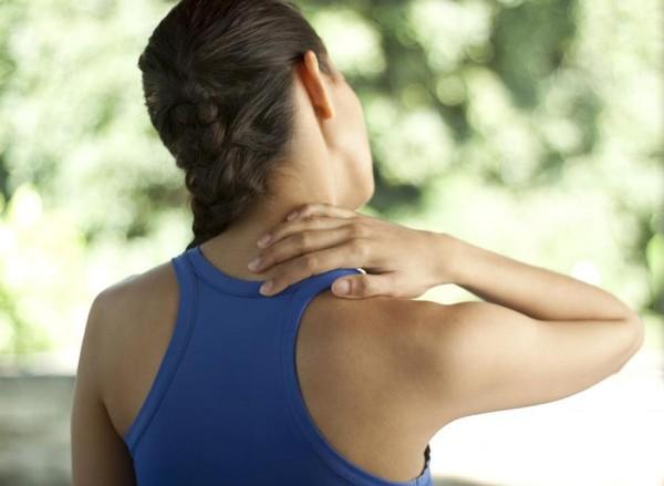 Các cách giúp ngăn ngừa đau cổ khi làm việc!