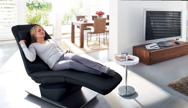 Có nên ngồi ghế massage vào buổi sáng không ?